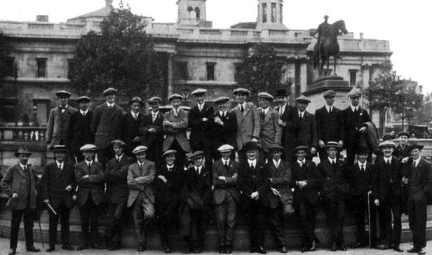 Niblick brigade in Trafalgar Square before enlisting